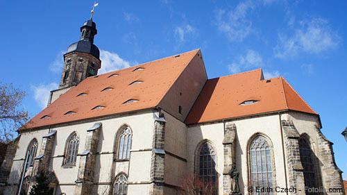 In Dippoldiswaldes Altstadt wohnen in direkter Nachbarschaft zur schönen Stadtkirche